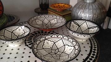 Oosterse Lampen Xenos : Marokkaans aardewerk schalen borden asbakken kommen tagines en