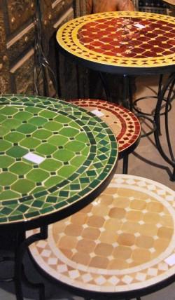 Marokkaanse Mozaiektafels, zilveren dienbladen, lantaarns, oosterse ...