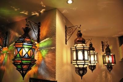 oosterse lampen en marokkaanse lantaarns. Black Bedroom Furniture Sets. Home Design Ideas